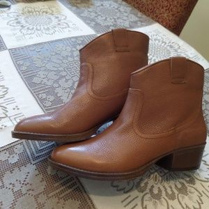 New KennethCole BrownLeather Western AnkleBoots 8M